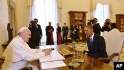 美国总统奥巴马在梵蒂冈拜会罗马天主教教宗方济各。(2014年3月27日)