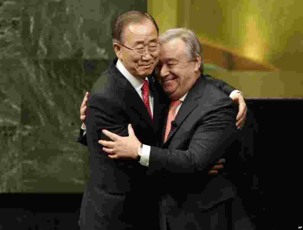 آنتونیو گوترس با سوگند در سازمان ملل رسما فعالیت خود را آغاز کرد. او جانشین بان کی مون شد.