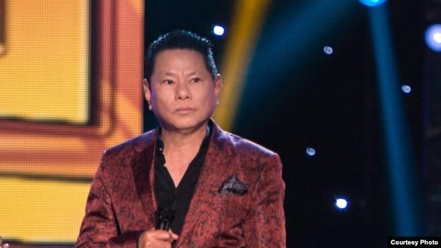 Tỷ phú Mỹ gốc Việt Hoàng Kiều.