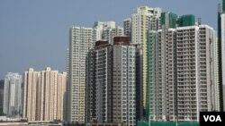 香港特首林鄭月娥在上任一周年前夕公佈6項房屋政策新措施。(美國之音特約記者 湯惠芸拍攝 )