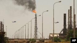عکس آرشیوی از پالایشگاه نفت بیجی در عراق