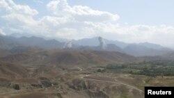 지난달 아프가니스탄 낭가하르주 반군활동 지역에서 미군의 공습이 있은 후 연기가 상공에 치솟고 있다. (자료사진)
