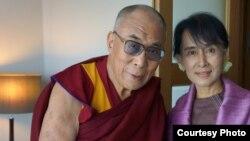 达赖喇嘛和昂山素季会面 (达赖喇嘛脸书)