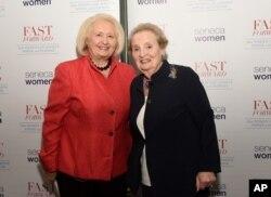 Меланн Вервір (ліворуч) із колишньою державною секретаркою США Мадлен Олбрайт