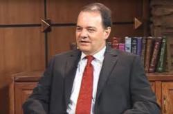 Robert Macaulay dialoga sobre la inédita campaña electoral en EE.UU.
