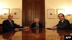 Yunanistan başbakanı ve ana muhalefet lideri cumhurbaşkanı ile üçlü görüşmede