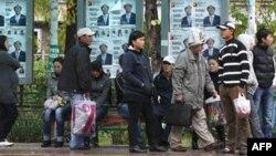 На улицах Бишкека. 7октября 2010 года