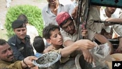 قوربانیانی لافاوی پاکستان یارمهتی وهردهگرن