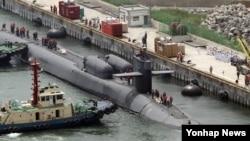 지난 7월 부산항에 입항한 미 해군의 핵추진 잠수함 오하이오 호. (자료사진)