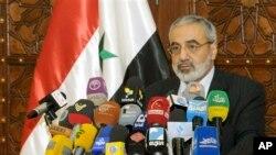 Bộ trưởng Thông tin Syria Omran al-Zoubi nói rằng chính phủ ông cần thêm thông tin trước khi quyết định