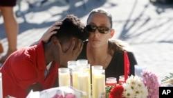 Bdenje za žrtve pucnjave na Floridi