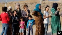 Kurdên Sûrî ku jiber operasyona Tirkîyê derbider bûne û çûne Herêma Kurdistanê