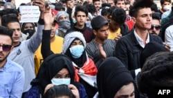 2020年3月1日伊拉克南部城市纳西里耶反政府集会。