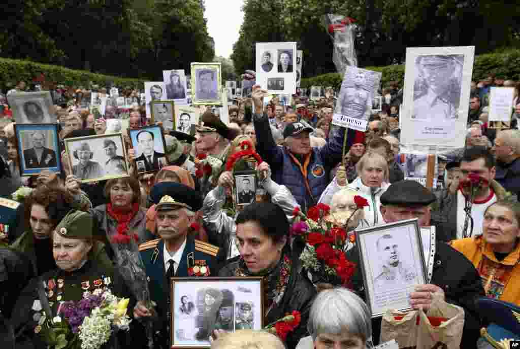 Киев, Украина: государственный праздник День победы над нацизмом во Второй мировой войне