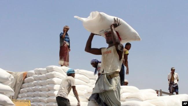 OKB-ja paralajmëroi se për shkak të pandemisë, miliona njerëz janë më të rrezikuar edhe nga uria
