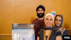 Representatives of Washington's Sikh community introduced Washingtonians to their faith at Unity Walk 2017 on Sunday 09/10/17. (B. Bradford/VOA)