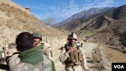 دگروال نعمان هاتفی سخنگوی قول اردو ۲۰۱ سیلاب میگوید در این نبرد، نیروهای افغان حمایت نیروهایی هوایی را نیز با خود دارد.