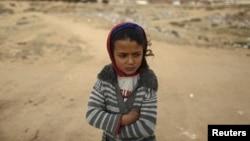 Une fillette tunisienne dans un quartier pauvre de Kasserine, en Tunisie, le 28 janvier 2016.
