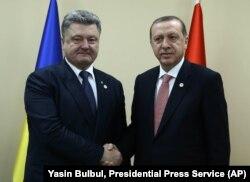 Cumhurbaşkanı Erdoğan Ukrayna Cumhurbaşkanı Petro Poroşenko'yla görüştü