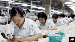 개성공단의 북한 근로자 (자료사진)