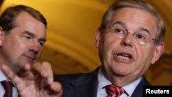 El senador Bob Menéndez abogó por establecer prácticas claras que pongan fin a las muertes evitables en la frontera.