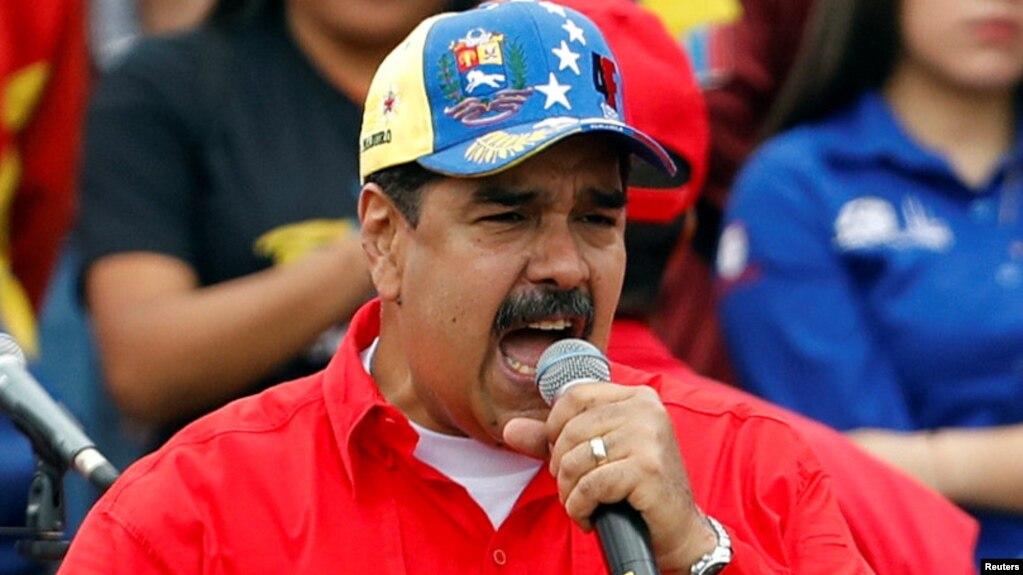 Tổng thống Venezuela Nicolas Maduro phát biểu trong một cuộc tập hợp ủng hộ chính phủ và kỉ niệm 20 năm cách mạng xã hội chủ nghĩa ở Caracas, Venezuela.