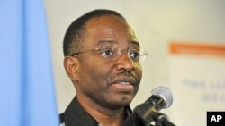 United Nations Operation in Ivory Coast (UNOCI) deputy human rights director Guillaume Ngefa gives a press conference in Abidjan ( March 2011 file photo)