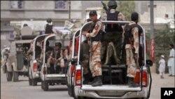 کراچی : صنعتی علاقوں میں رینجرز تعینات، مچھر کالونی میں آپریشن، ٹارگٹ کلرزگرفتار