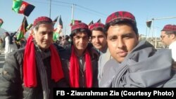 شماری از جوانان افغان نیز همبستگی شان را با جنبش دادخواهانۀ پشتونهای پاکستان ابراز داشتند