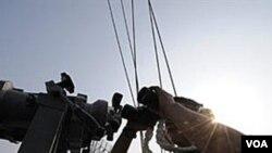 El equipo del portaavión estadounidense George Washington durante los ejercicios militares en el Mar Amarillo.