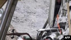 Şili'de Göçük Altındaki Madencileri Kurtarma Çalışmaları Sürüyor