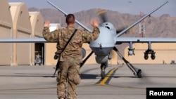 نمونه ای از پهپاد آمریکا به نام MQ-9 در پایگاه قندهار در افغانستان.