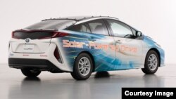 Toyota Motor Corporation is currently using a Prius PHV demonstration model equipped with a solar battery panel to test the technology for future development activities. (Toyota Motor Corporation)