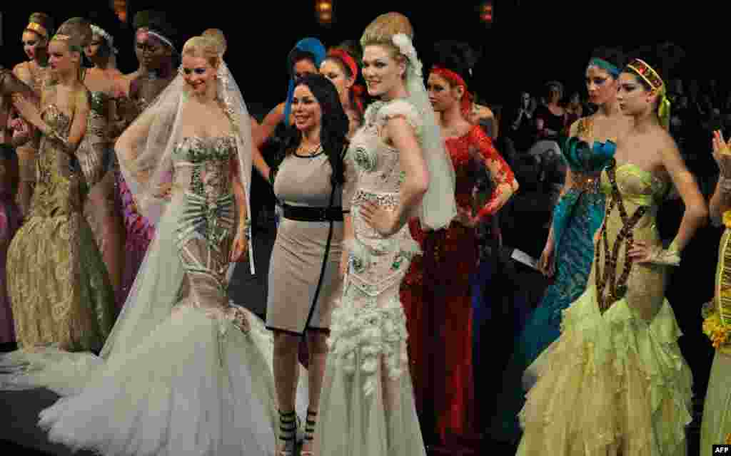 Неделя Couture Fashion Week в Нью-Йорке