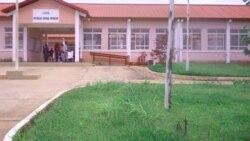 Continua a registar-se venda de matricolas nas escolas angolanas - 1:47