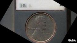 美國錢幣上面可看到刻有'我們信賴上帝'的詞句