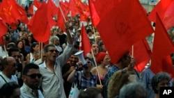 葡萄牙人7月3日在里斯本舉行抗議,要求解散議會,提前舉行選舉