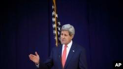 John Kerry était en Arabie Saoudite lorsqu'il fallait déneiger