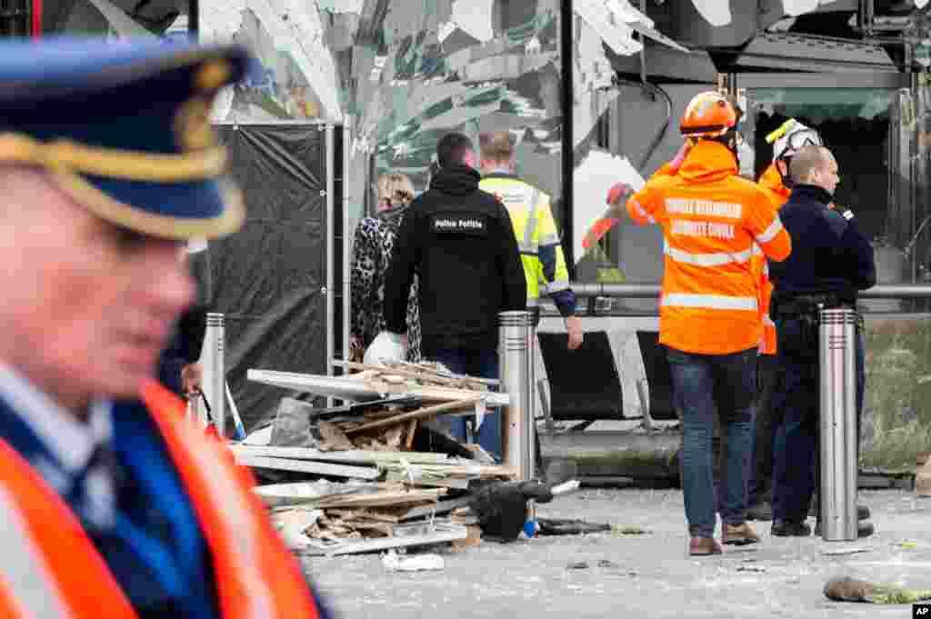 مارچ میں برسلز ائیر پورٹ پر بم حملہ کیا گیا۔