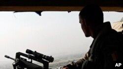 کشته شدن دو عسکر ناتو در افغانستان