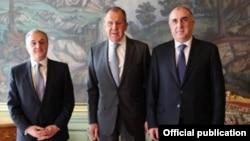 Moskvada Rusiya xarici işlər naziri Sergey Lavrovun iştirakı ilə Azərbaycan və Ermənistan xarici işlər naziri görüşüb