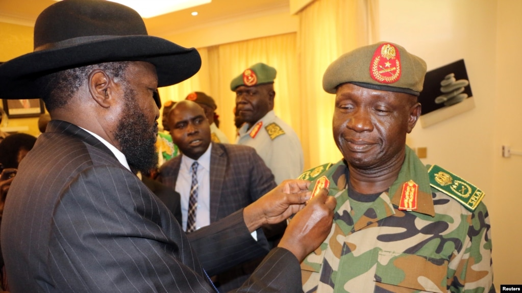 South Sudan Army Chief Sworn In One Day After Malongs Ouster