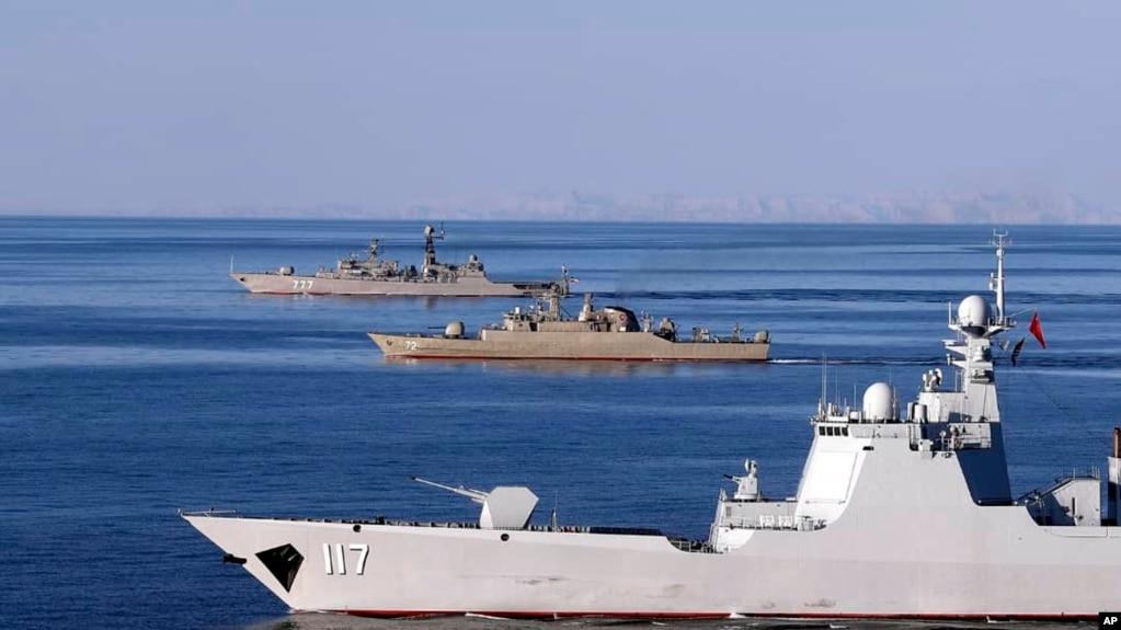 2019 年俄罗斯中国和伊朗在阿曼海举行联合军演。(photo:VOA)