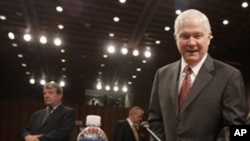 US Defense Secretary Robert Gates (file photo)