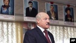 Tổng Thống Lukashenko hoan nghênh ý định của Việt Nam ký kết hiệp định thương mại tự do với Liên minh Hải Quan và cam kết sẽ tăng cường trao đổi thương mại giữa hai nước