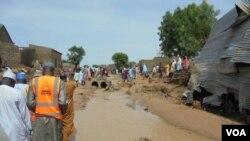 Cinq villages du district de Jibia ont été inondés entre la frontière du Niger et du Nigeria, le 17 juillet 2018. (VOA)