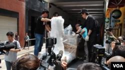 民主女神像竖立于香港永久六四纪念馆