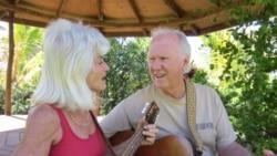 لۆرا و جاک و میوزیکی هاوایی