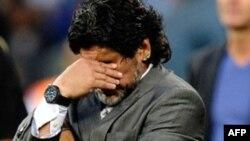 El Al Wasl quedó en el octavo lugar entre 12 equipos que disputaban la Liga del Golfo, bajo la dirección de Maradona.