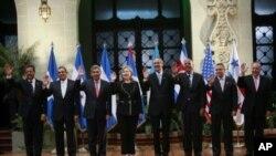 美国国务卿.克林顿今年三月在危地马拉城出席美洲国家组织首脑会议